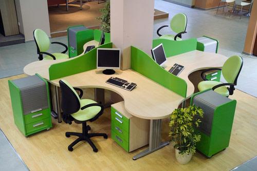 Urejen delovni prostor